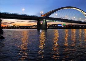 apollo-bridge_twilight.jpg