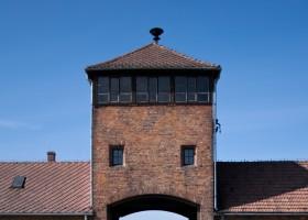 Concentration camp Auschwitz-Birkenau in Poland (c) RonPorter pixabay.com