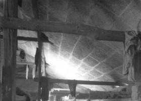 Inside a brick barracl  (c) www.auschwitz.org