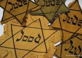 Jewish labels (c) www.auschwitz.org
